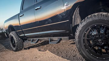 ICI Magnum RT Series Steps installed on a Dodge Ram